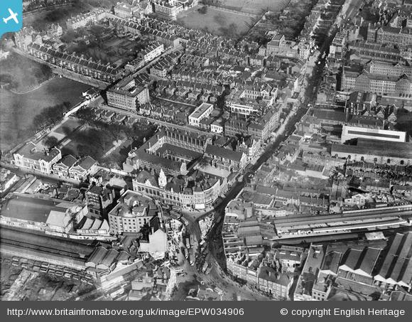 Hammersmith Broadway in 1931 Aerofilms image courtesy Britain From Above